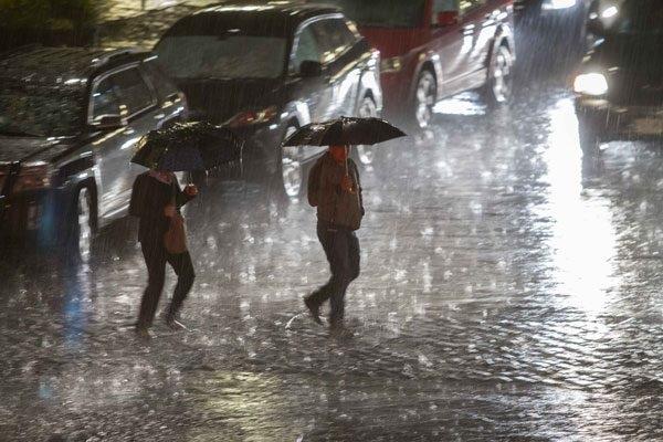 COE emite alerta para nueve provincias por lluvias tormenta Kirk