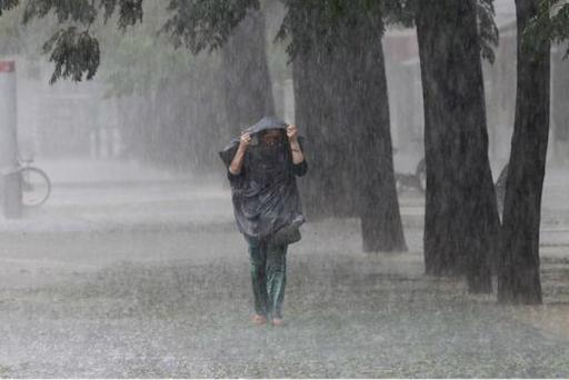 El COE pone 12 provincias en alerta verde por lluvias.