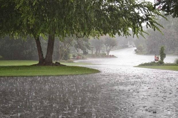 Veinte provincias en alerta por lluvias en el país