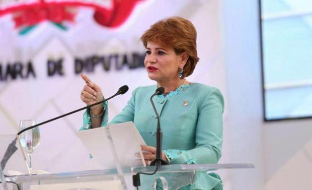 Lucía Medina se opone a proyecto minero en Romero