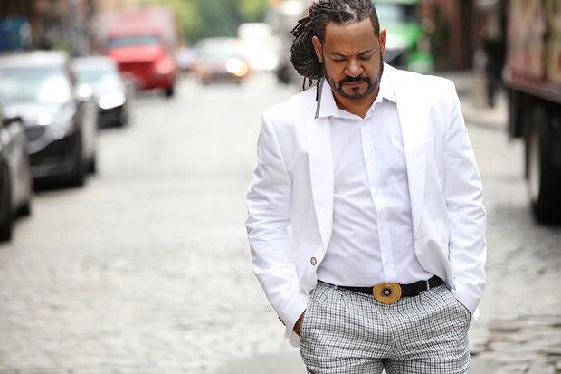 El bachatero Luis Vargas afirmó este lunes sentirse 'más que feliz' por el reciente lanzamiento al mercado de su vigésima quinta producción.