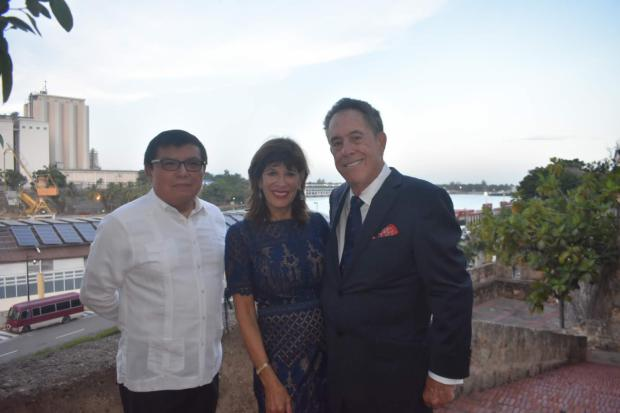 Embajadora de Estados Unidos visita el Hotel Hodelpa Nicolás de Ovando