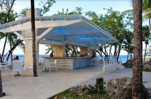 """Casa Marina Beach & Reef reciben premio a la """"Mayor Inversión Hotelera en Puerto Plata"""""""