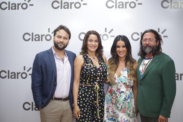 Post Frank, Mildred Quiroz, Catherine Siachoque y Rafi Mercado
