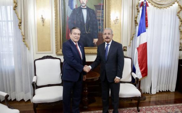 Medina viaja a la toma de posesión del presidente electo de Panamá, Laurentino Cortizo