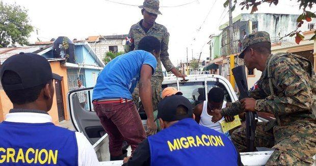 Deportados de Dominicana en marzo más de 11 mil extranjeros