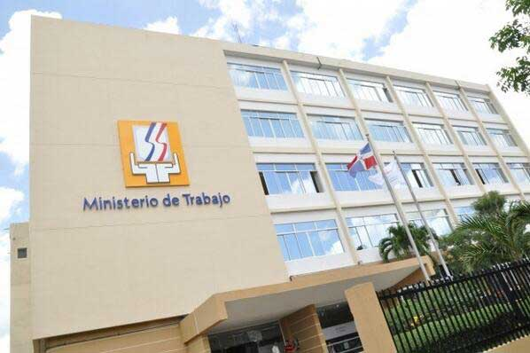 Ministerio de Trabajo advierte aumento salarial no puede ser palanca para ilegalidades
