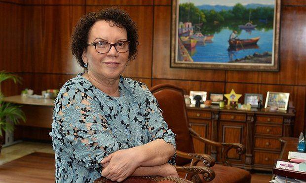 Procuradora General aclara sobre encuentro con Embajadora de Estados Unidos