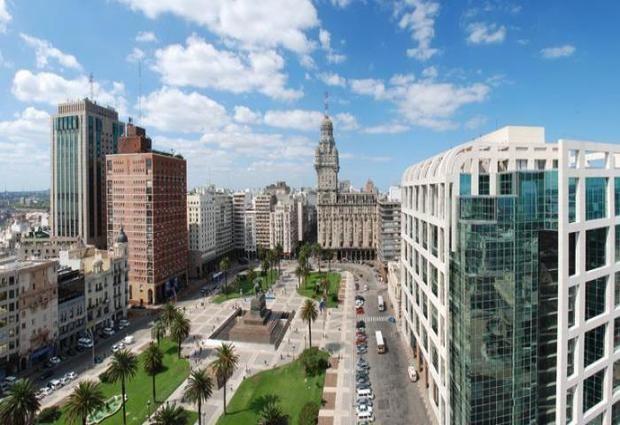 Colonia muestra su atractivo turístico en Montevideo