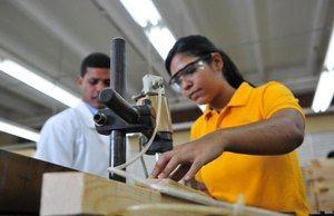 Ovalles disertará sobre el desempleo juvenil y modelo de formación dual.