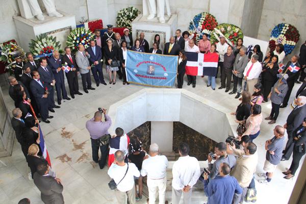 Instituto Duartiano conmemora 205 aniversario natalicio del Patrio