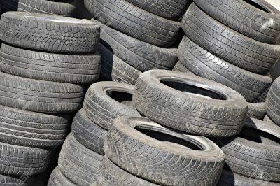 Prohíben instalación y uso neumáticos usados no aptos para la circulación