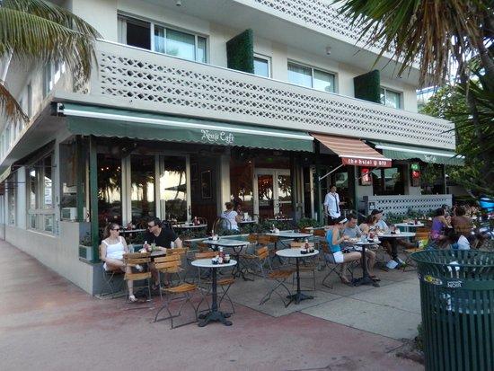 News Cafe de Miami Beach.