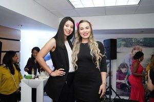 Ángela Mercedes y Ariela Mariot.