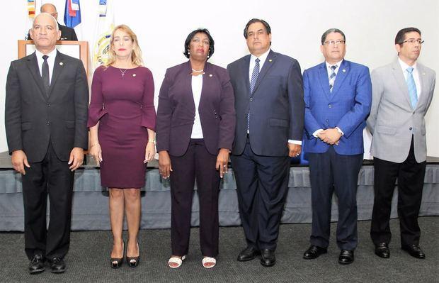 Más de 700 notarios aprueban adquisición inmueble para ampliar escuela de capacitación
