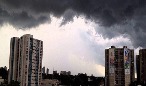 Incrementos nubosos ocasionales en gran parte del país, habrá escasas precipitaciones
