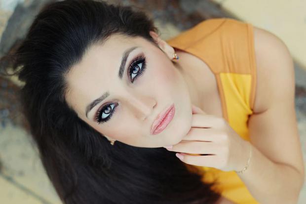 Aprende a cuidar el contorno de los ojos con rutinas de belleza