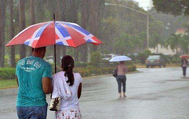 Chubascos y tronadas dispersas …onda tropical se aproxima hoy al país