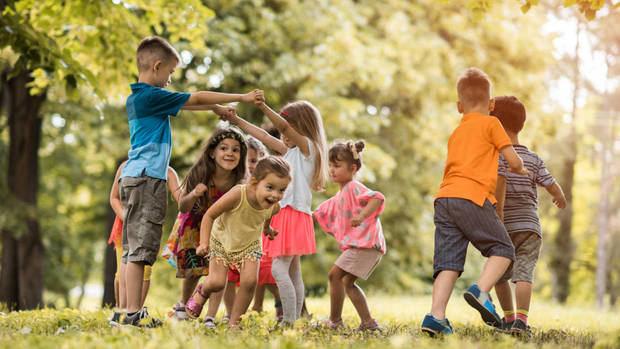 Consejo planea empoderar a los niños con materiales didácticos con Save the Children