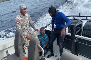 la Armada de República Dominicana, brindó apoyo al Sistema Nacional de Atención a Emergencias y Seguridad (9-1-1), respondiendo al llamado de emergencia para una asistencia de rescate marítimo.