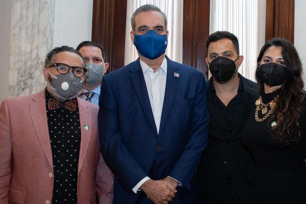 Gabinete de Política Social propicia encuentro entre el presidente de la República y la clase artística