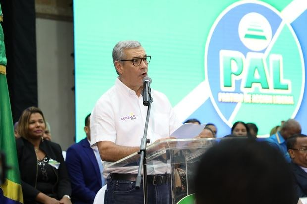 El PAL proclama a Castillo como su candidato a la Presidencia en 2020.
