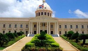 Gobierno anuncia plan de transformación de regulación y trámites del Estado