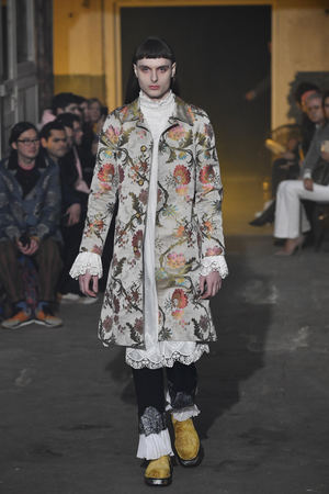 Pasarela de Palomo Spain en la Paris Men's Fashion Week F/W 2020/21.