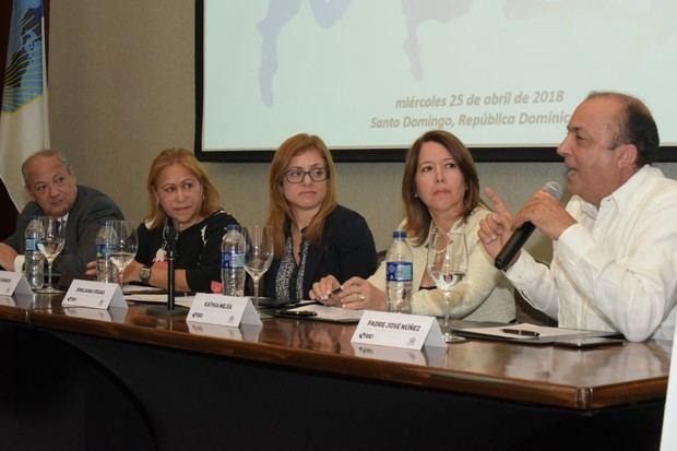 BID y DIGEPEP realizan seminario para promover desarrollo integral de jóvenes