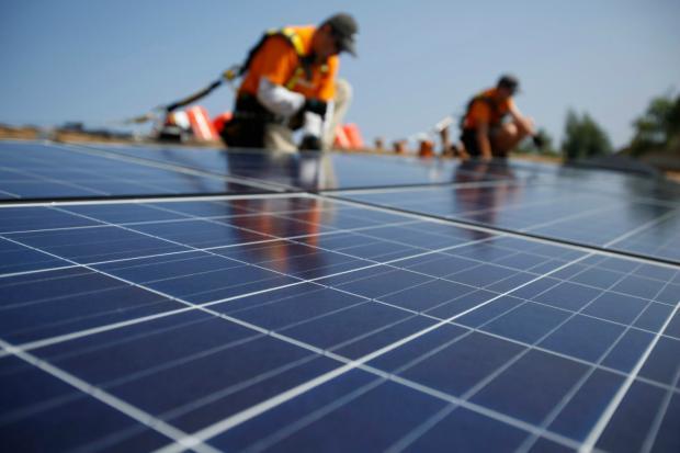 Tesla convertirá 50.000 hogares en una central solar virtual en Australia