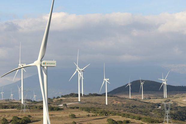 Autoridades aprueban líneas de acción para impulsar las energías renovables