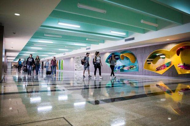 Los aeropuertos de la República Dominicana registran hasta julio de este año más de 90 mil operaciones aéreas entre vuelos regulares.