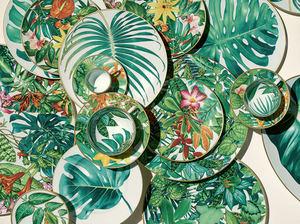 Hermès vive esta época del año en la mesa celebrándolo pegado a la naturaleza con una nueva vajilla Passifolia.
