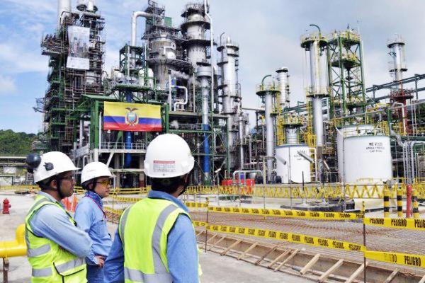Petrolera de Ecuador refuta denuncia ambientalista y expone sus licencias ISO