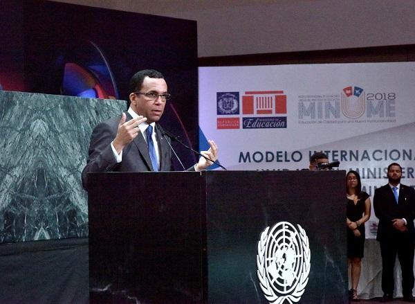 Andrés Navarro afirma que la institucionalidad del cambio es transparente, participativa y eficiente