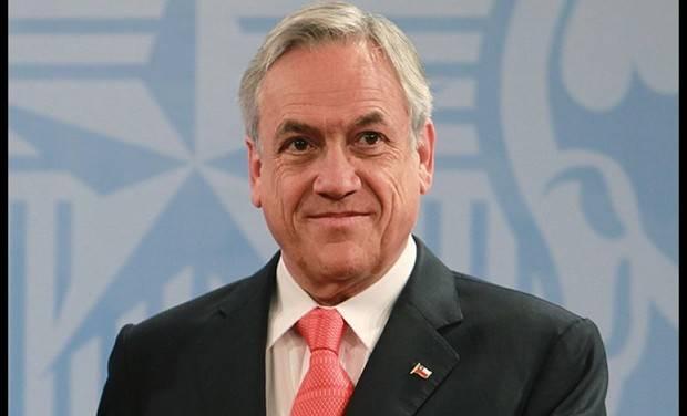 Piñera y Guillier comparecen juntos y se comprometen a trabajar por Chile
