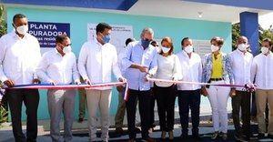 Presidente inaugura planta de tratamiento y sistema de aguas residuales en Luperón.