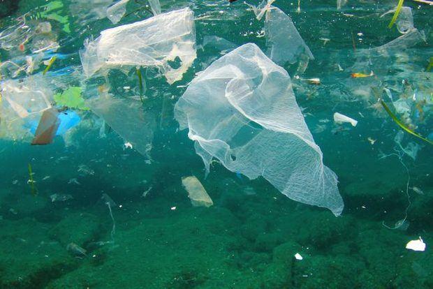 Zona de residuos marinos, creada por las corrientes del Pacífico Norte, ha sido descrita como una isla flotante de basura del tamaño de Rusia.