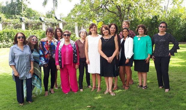 Embajada de Francia convoca al Premio 'Mujeres Inspiradoras'