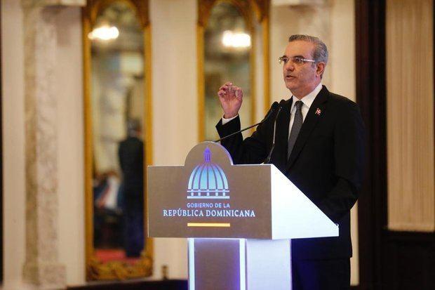 Abinader anuncia modificación y creación de leyes para combatir la corrupción