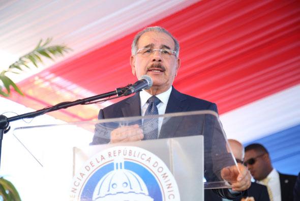 Danilo exige a desarrolladores acelerar construcción de Ciudad Juan Bosch