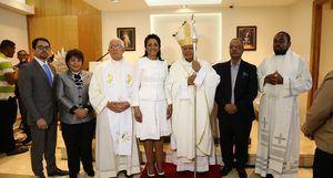 Primera dama inaugura capilla de Reside en La Nueva Barquita