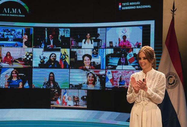 Las primeras damas iberoamericanas se comprometen a impulsar proyectos sociales