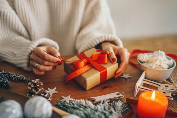 Cinco ideas novedosas para regalar esta Navidad