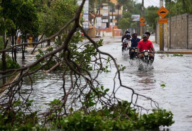 Las lluvias dejan 21 comunidades incomunicadas y 21 provincias en alerta