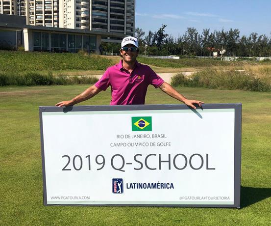 Pumarol revalida su estatus profesional en el PGA Latinoamérica