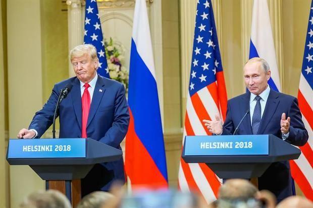 Putin asegura a Trump que está abierto al diálogo en una felicitación navideña