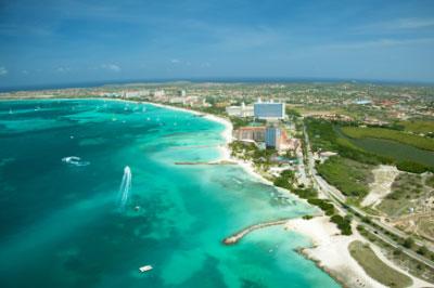 """Aruba, la caribeña """"isla feliz"""" que ofrece más que playas y compras"""