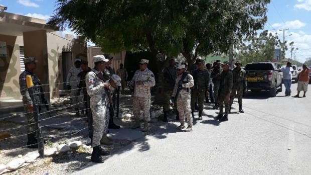 Autoridades de Dominicana y Haití buscan subsanar crisis en Pedernales