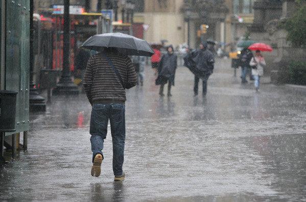 Amplían alerta a 11 provincias por nuevas lluvias tras ciclón